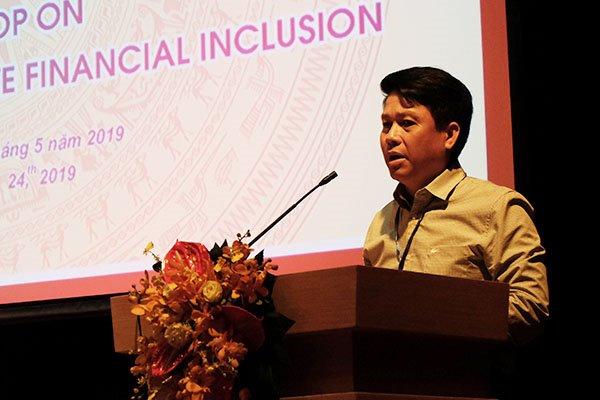 Quan điểm của Ngân hàng Nhà nước Việt Nam là các công ty cung cấp dịch vụ mobile money không được dùng tiền của người dùng để đầu tư mà phải gửi đảm bảo tại Ngân hàng Nhà nước.